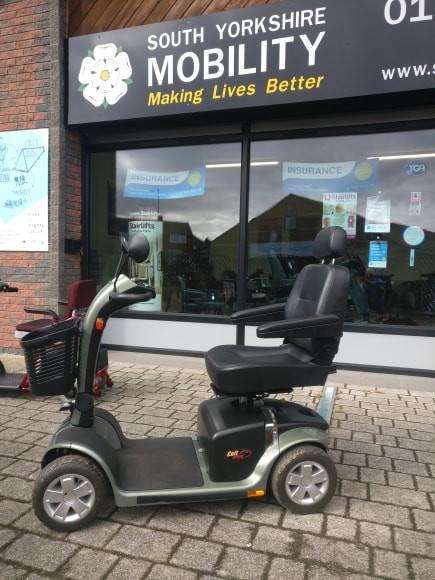scooter colt1.jpg