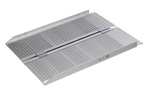 Folding aluminium metal ramp