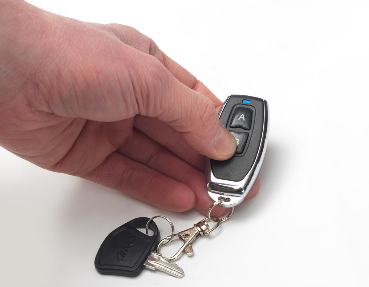 Drive auto fold key fob