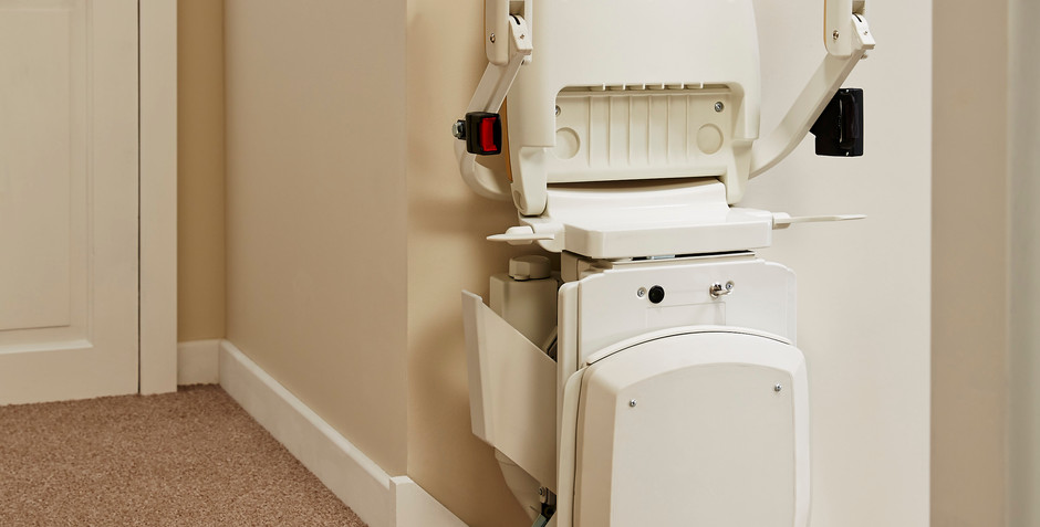 Compact folding stairlift