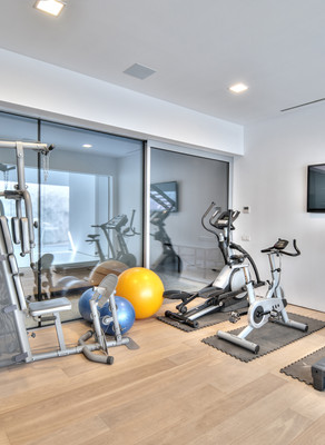 Fitness Equipment Trends for Apartment Gyms