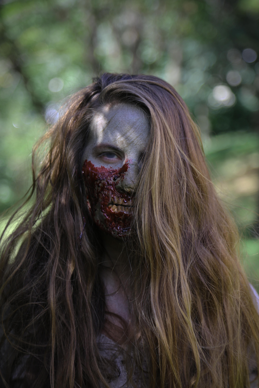 Stacey Hessler Zombie 001_00000