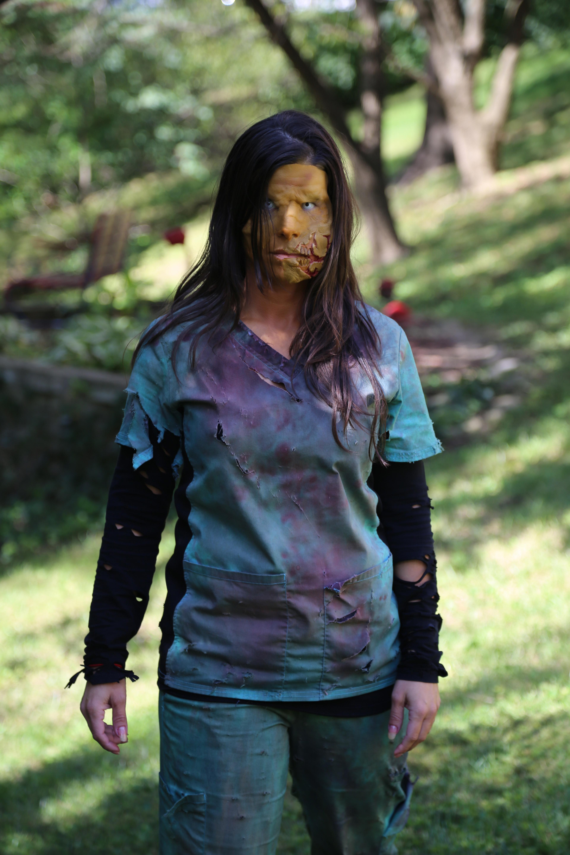 Kelly Zombie 002