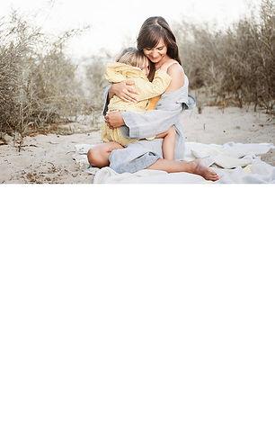 portraitfotografie-strand-mama-kind-fami