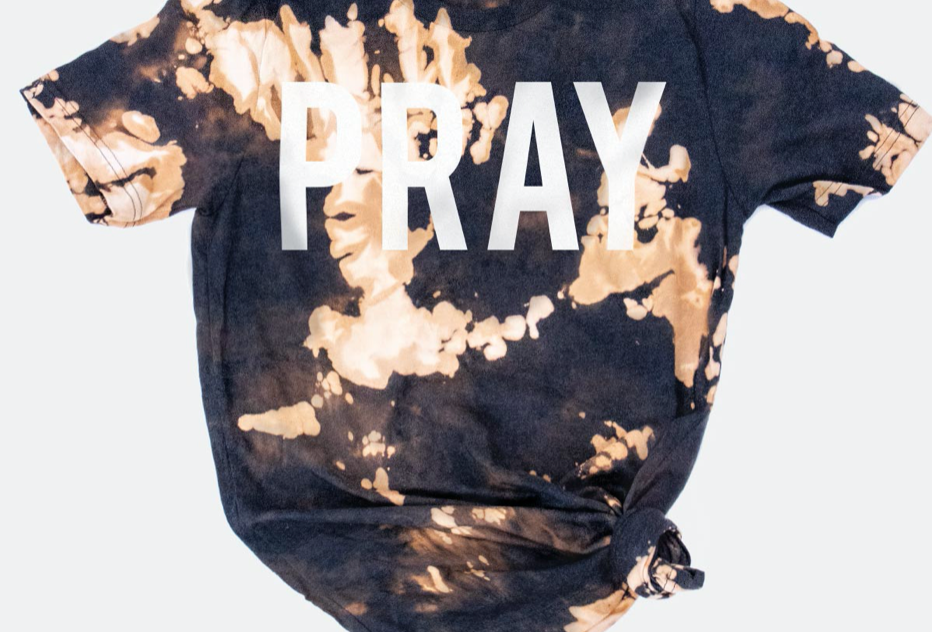 Pray bleached tee