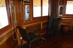 Chambre sur pilotis salon