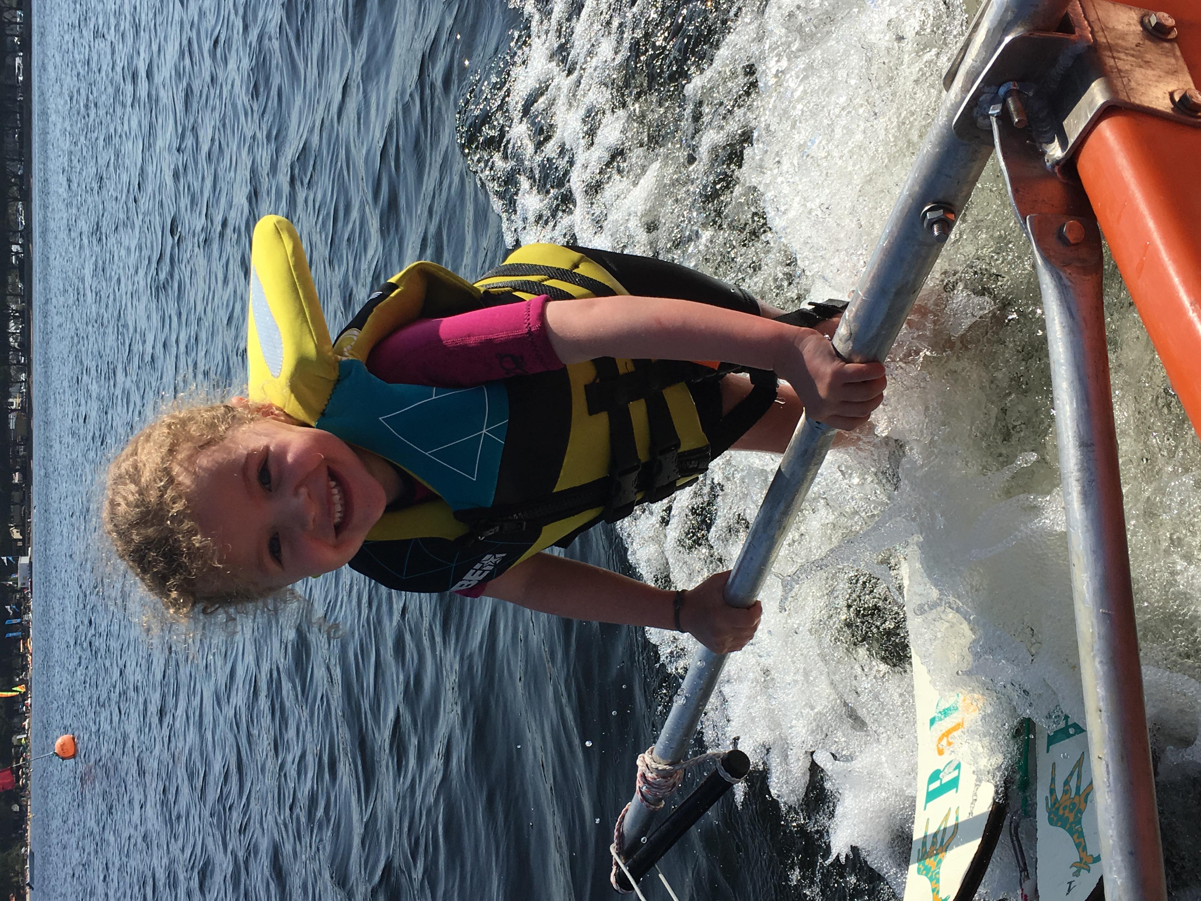 Babyski en wakeboard