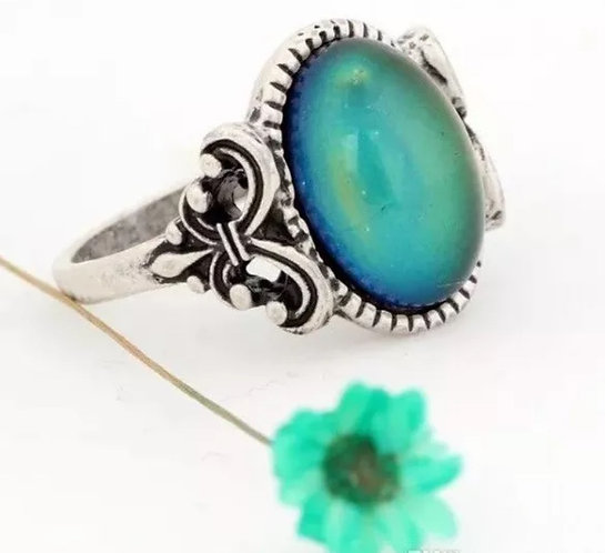 Magic Mood Ring in Antique Sterling Silver Le Fleur Design
