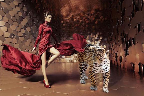Glasschilderij Cheetah Woman 2
