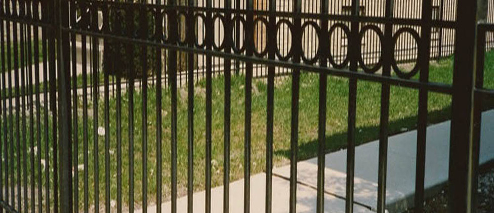Chinese-type-cheap-wrought-iron-fence-Ch