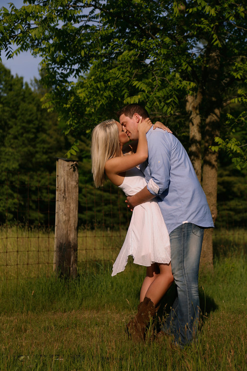 Fernwood Hills - Engagement Shoot