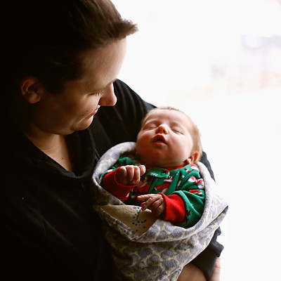 Amanda, Tyler & Mackenzie - Newborn Photos