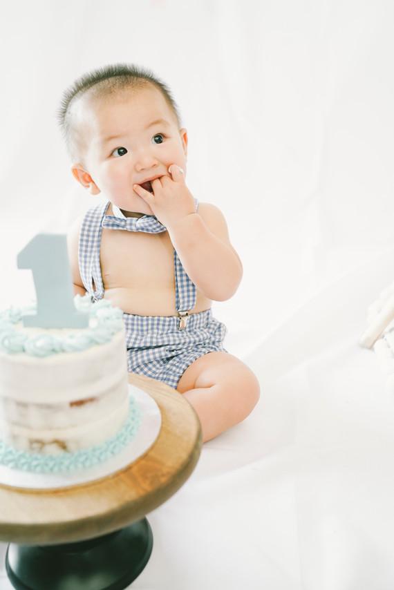 Hong Kong Baby Cake Smash Photography