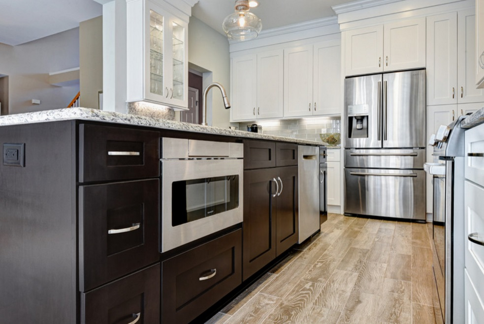 White Shaker Kitchen Cabinets Design Showroom Cleveland Ohio