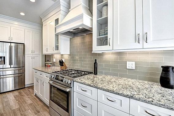 White shaker kitchen cabinets design showroom - Bathroom showroom cleveland ohio ...