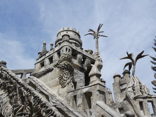 Visite insolite : Le Palais Idéal du facteur Cheval