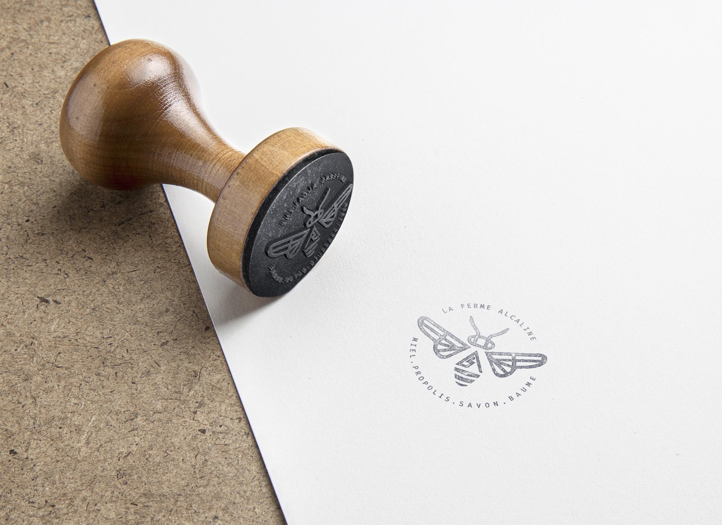 stamp alcaline