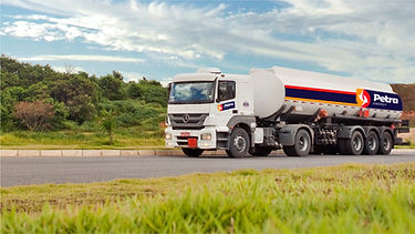 petra truck 1.jpg