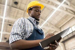 taking-inventory-plant-warehouse-waist-u