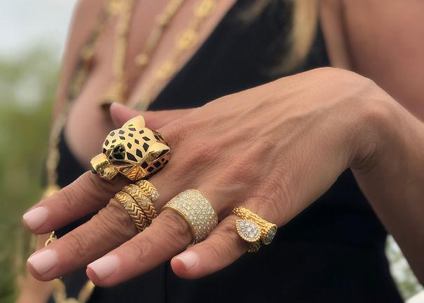 hand-w-gold-rings2_edited.jpg