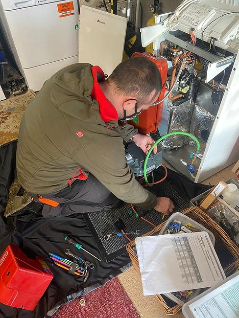 Oil Boiler Servicing Ceredigion   West Wales Oil Boiler Servicing   Tom Griffiths