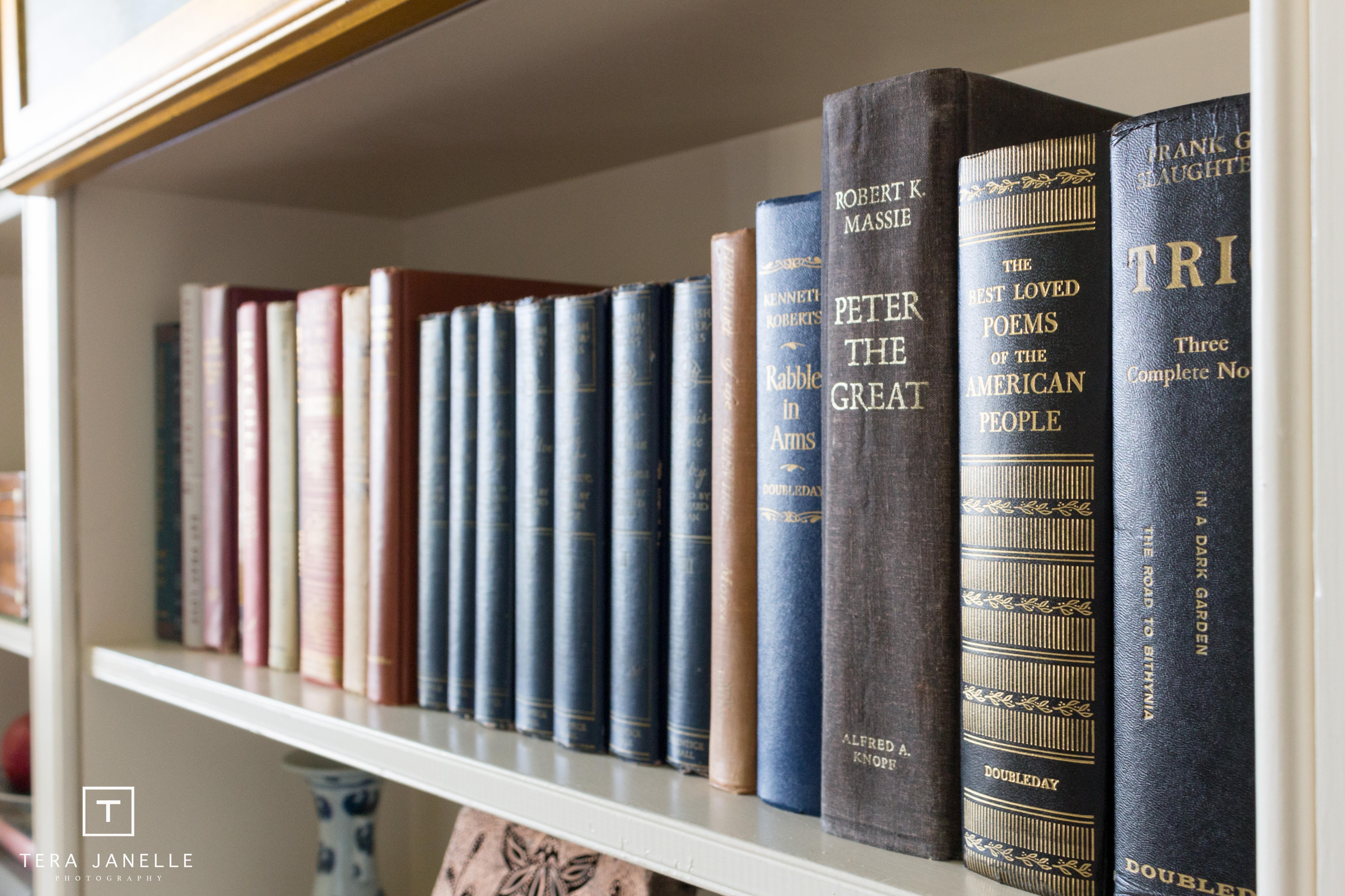 Beverly McCloskey - Library-32.jpg