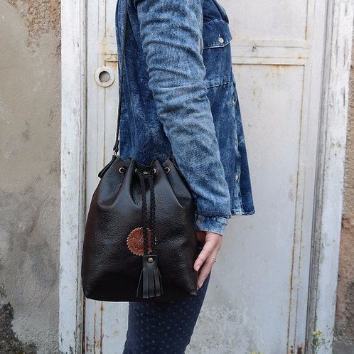 Bolsa Bucket Couro Line Store Leather - Cores Sortidas