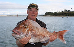 Captn Wayne with a nice RnR Snapper.jpg