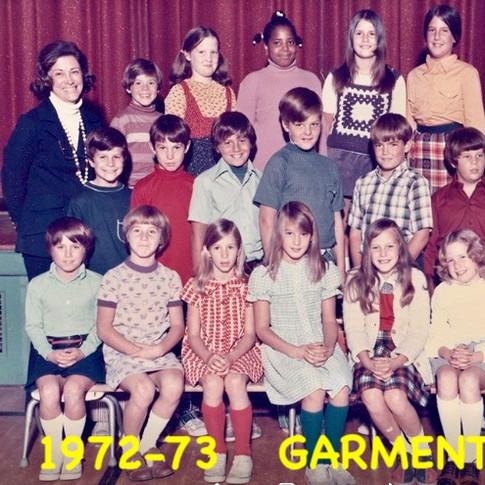 1972-73   GARMENT   4TH  .jpg
