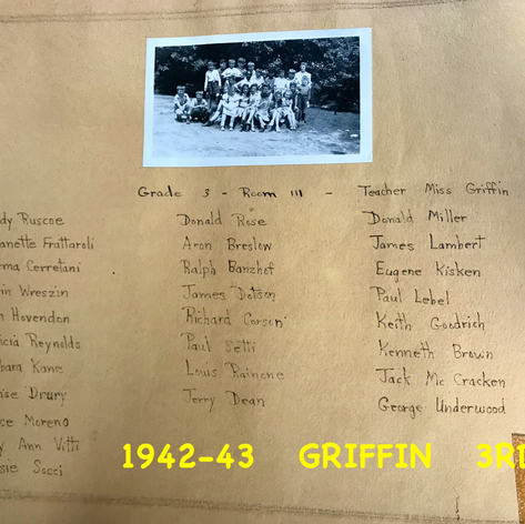 1942-43  MISS GRIFFIN  ROOM 111.png