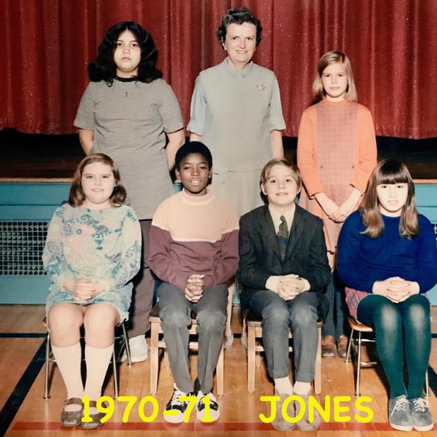 1970-71   JONES  .jpg