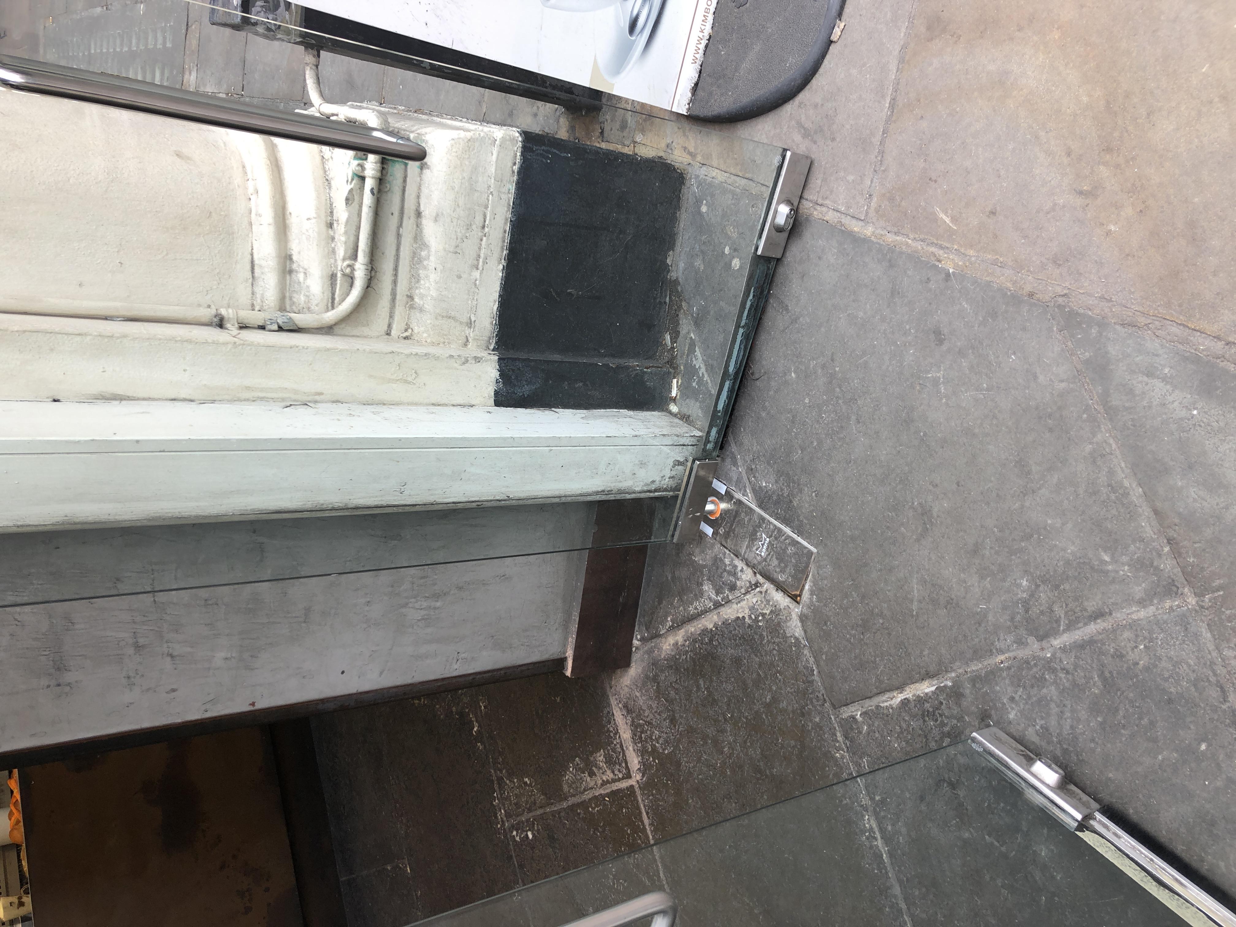 floor spring