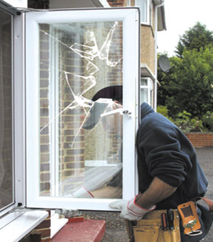 Why You Shouldn't Attempt to Replace Your Windows Without a Professional