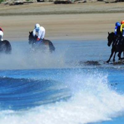 Strand Races