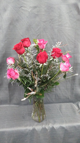 Dozen Roses In Vase / Specify Color Wanted