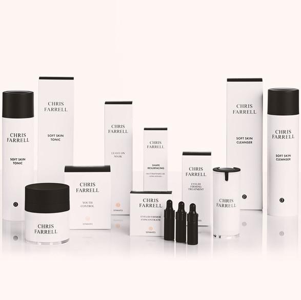 Mein Design für Chris Farrell Cosmetics. Ihr Produktdesign sollte zeitlos, emotional, informativ und wiedererkennbar sein. Das Auge isst schließlich mit und ist heutzutage ein wichtiger Bestandteil um eine Kaufentscheidung zu treffen. Gerne gestalten wir Ihre Produkte neu oder hübschen sie etwas auf.