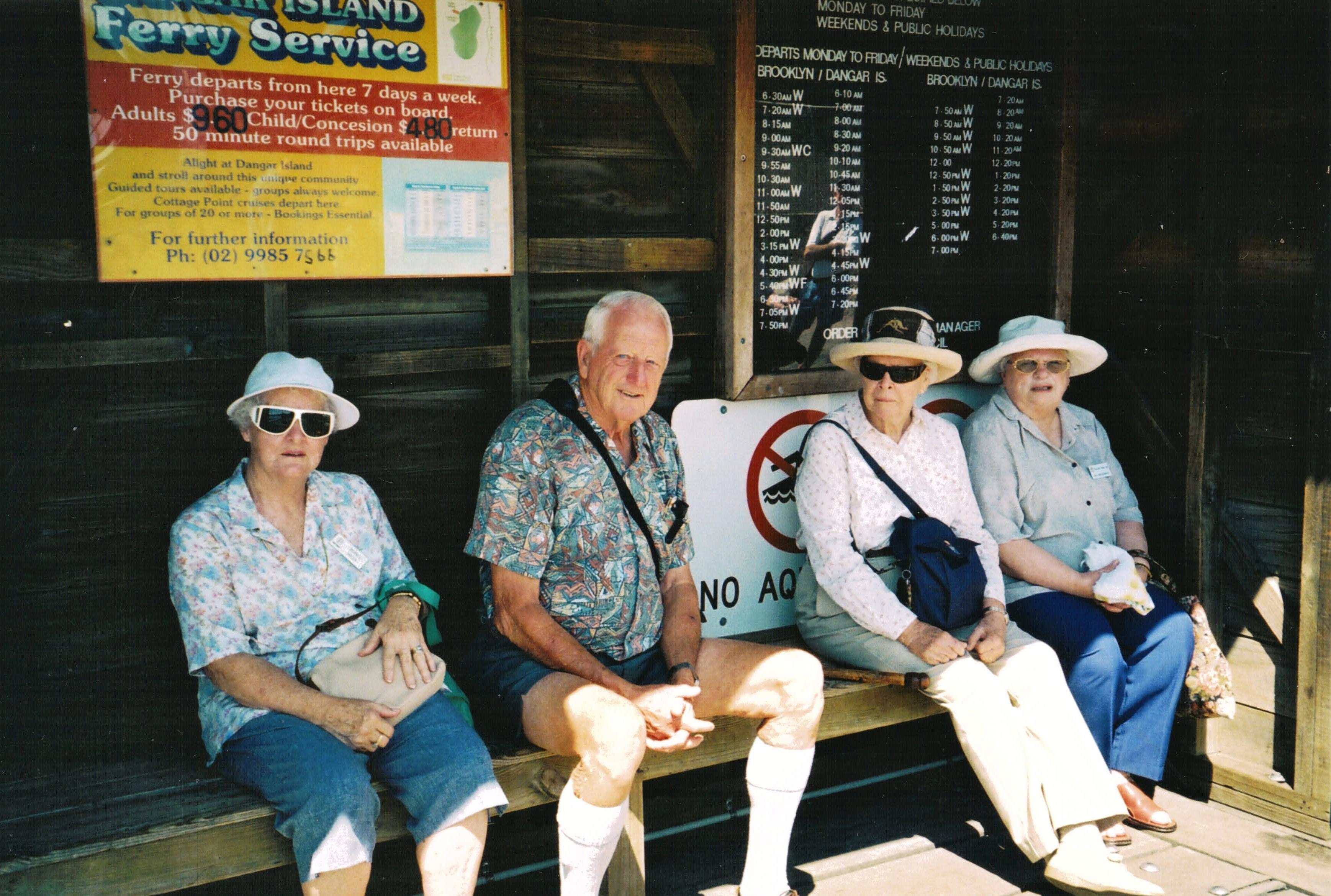 2005 Outings Picnic at Dangar Island Haw