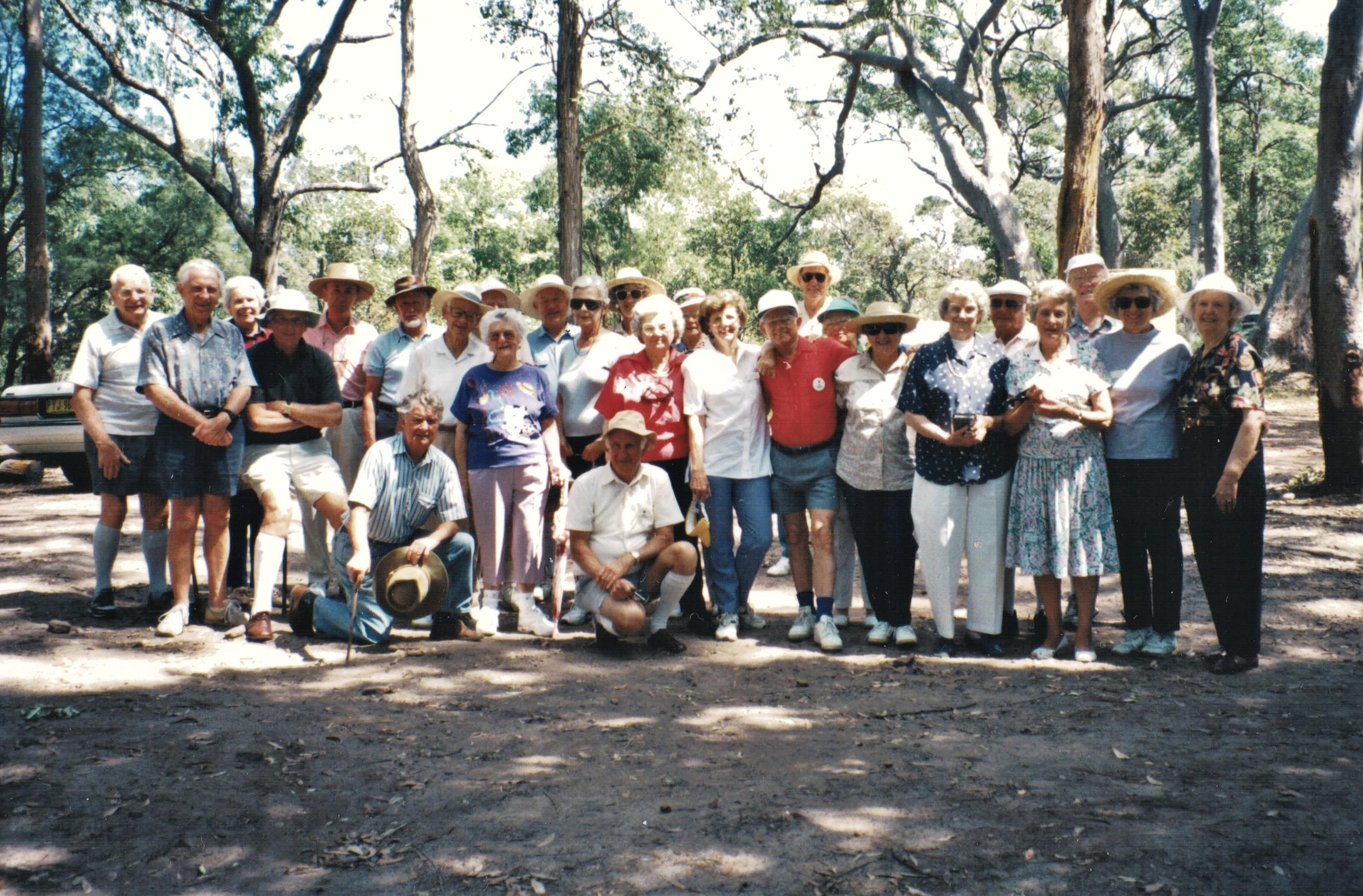 1995 Activities Bushwalk  Strickland Sta