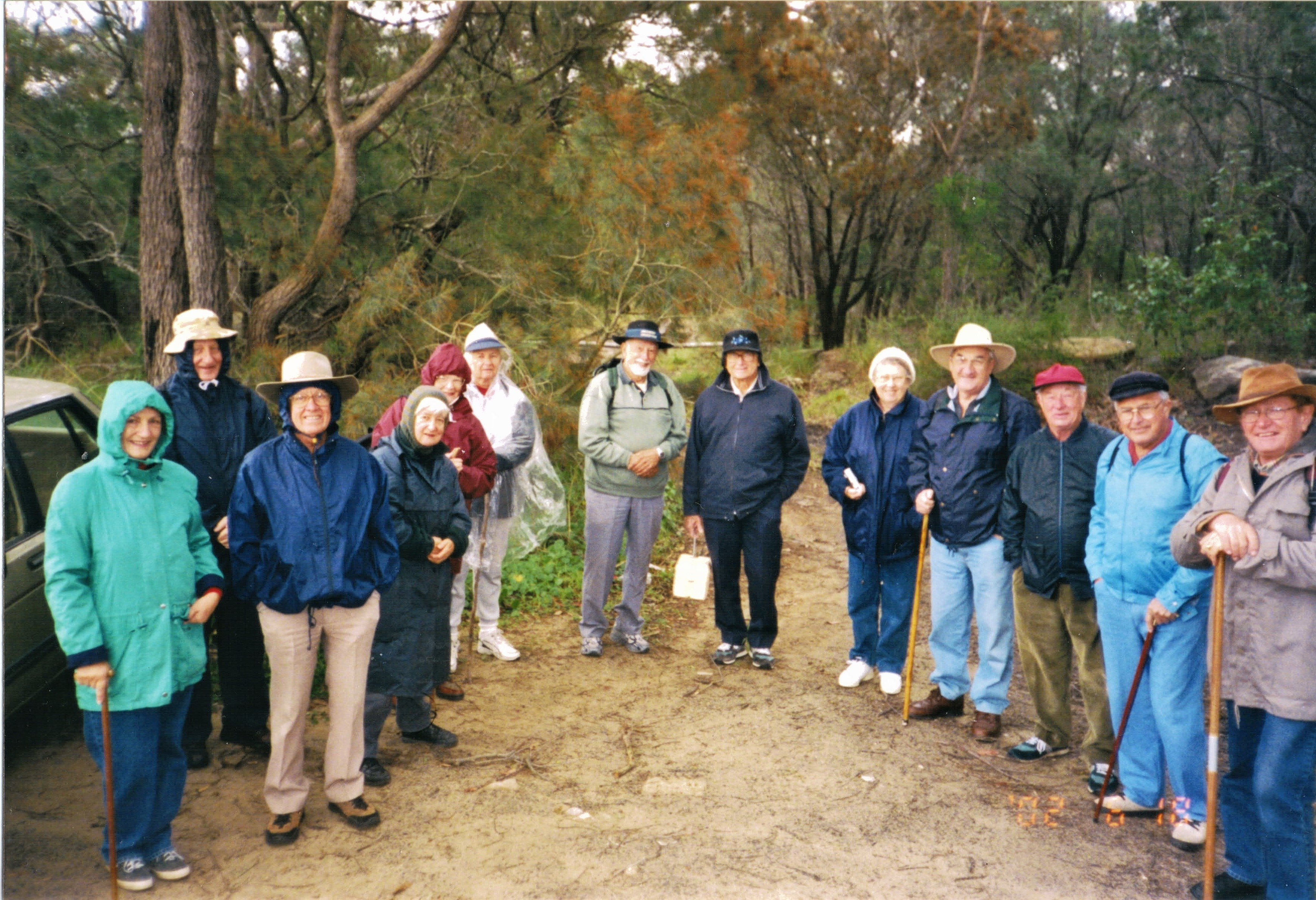 2002 Activities Bushwalk at Budgewoi alo
