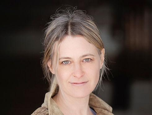 Caroline Bouchard * La Messagère
