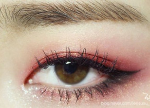 Calling out pink eye makeup for the Oscars