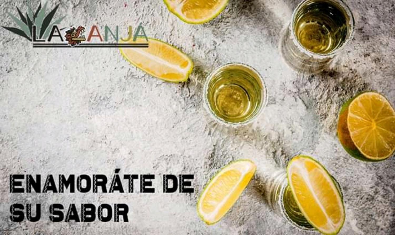 Mezcal + tequila + limon