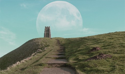glastonbury_supermoon.jpg