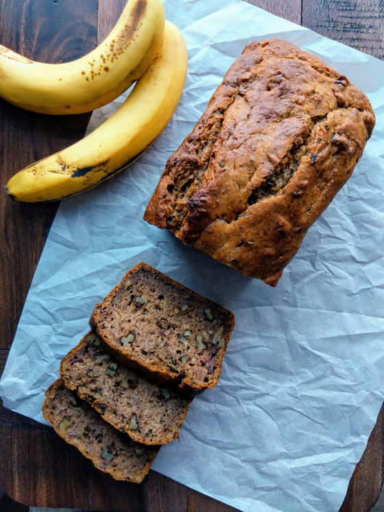 Perfect Banana Bread (vegan & sugar-free too!)
