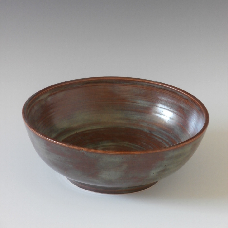 footed salad bowl