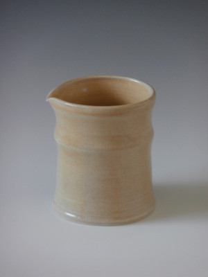 "7"" oatmeal pitcher"