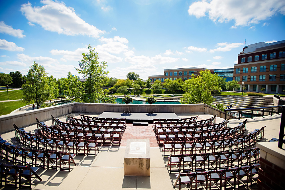 The Indianapolis Canal is a fantastic backdrop for your ceremony at CANAL 337 in Downtown Indianapolis