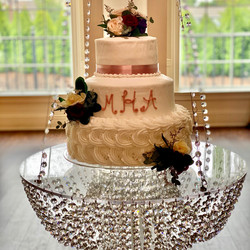 Wedding Cake on our hanging cake table