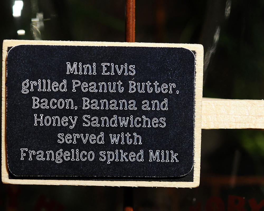Mini Elvis