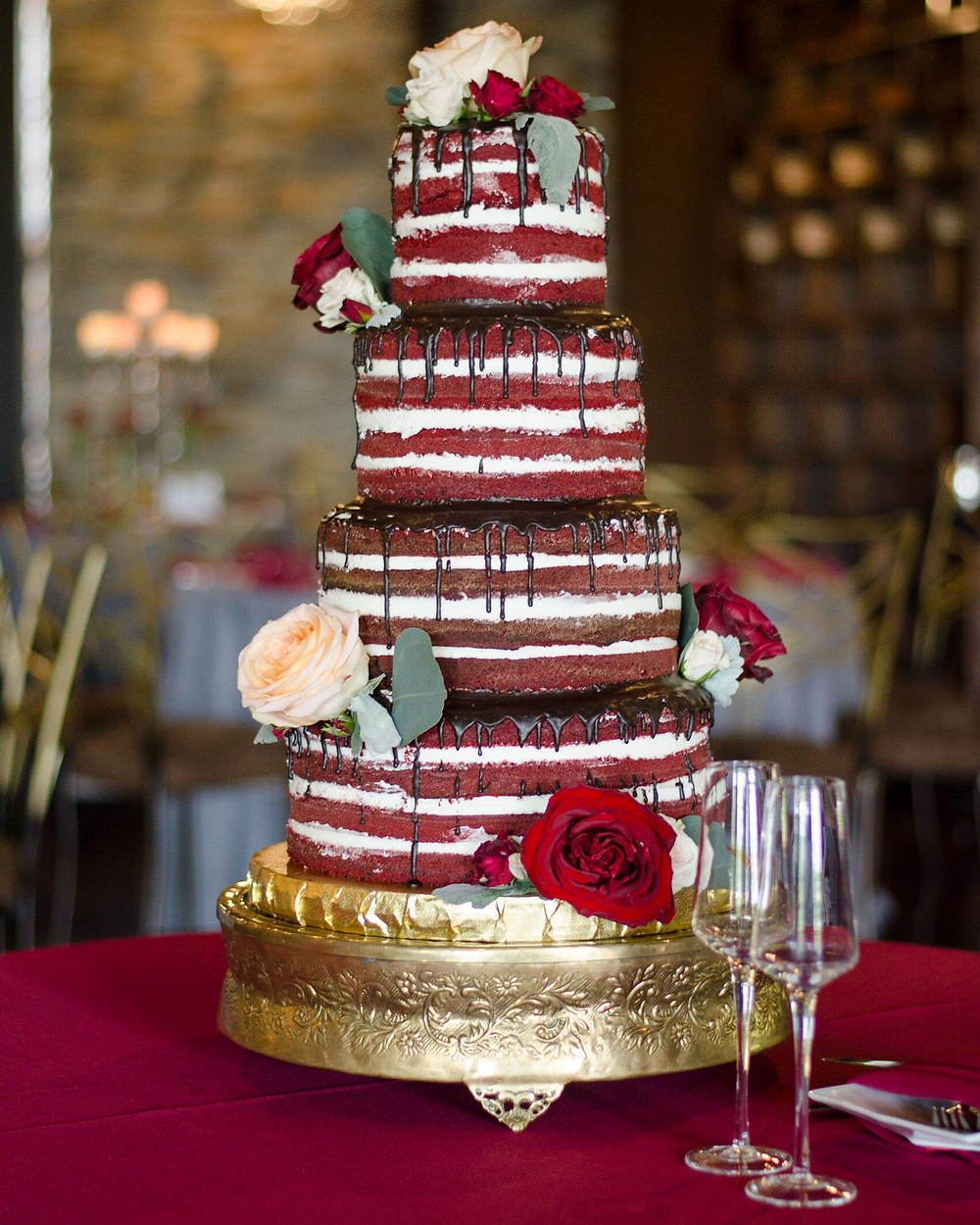 naked wedding cake CANAL 337 Wedding reception venue